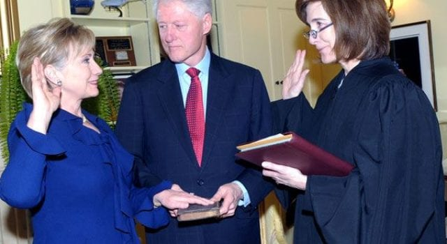 Hillary and BillClinton, Swearing In