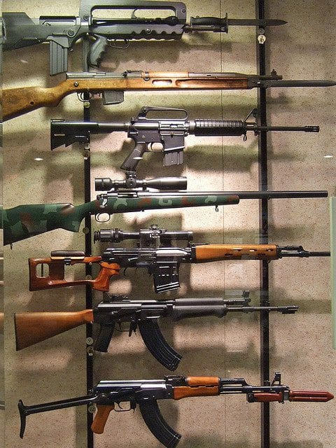 guns, weapons