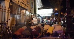 Brooklyn, Muslim street prayer