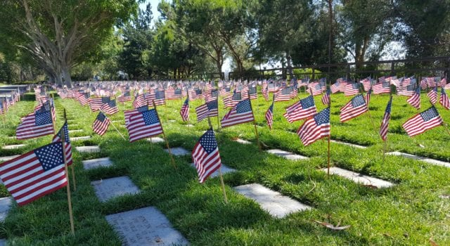 Los Angeles National Cemetery, Veterans, Memorial Day
