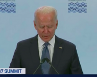 Joe Biden looks tired and disconnected !