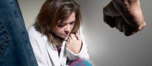 10 ways to know if your in an abusive relationship?